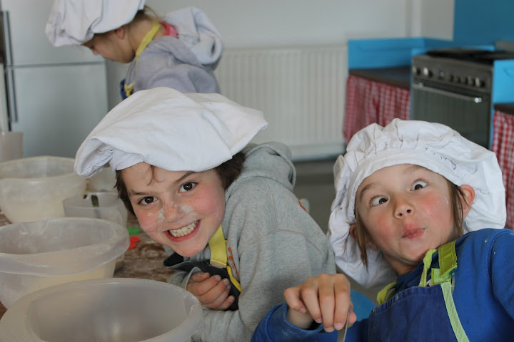 echte kok tijdens een kinderfeestje